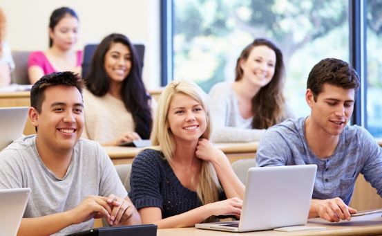 Top Scholarship Opportunities for U.S. & Canadian Students
