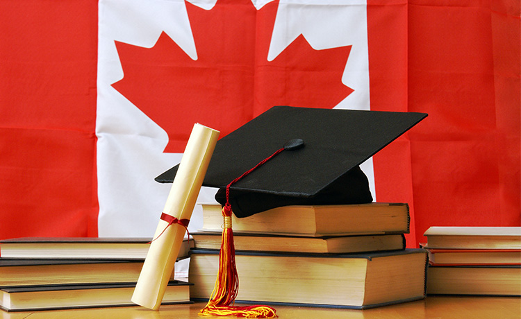 Best Canadian Scholarships for International Students - FreeEducator.com